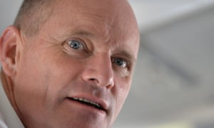 Queensland Premier Campbell Newman speaks to reporters aboard his flight on his return to Brisbane from Cairns, Qld, Thursday, January 29, 2015.  (AAP Image/John Pryke) NO ARCHIVINGLNPLiberal National PartyQLDQueenslandStateelectiongovernmentpolitics