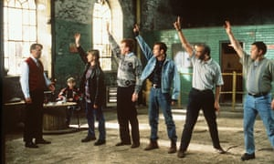 The Full Monty cast rehearsed in local champion Glynn Rhodes's boxing gym.