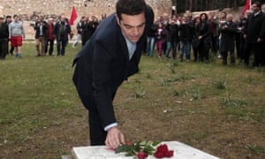 Alex Tsipras places flowers on the National Resistance Memorial in the Athens district of Kaisariani, 26 January 2015.