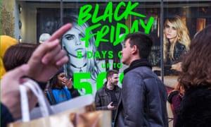 A shopfront on Oxford Street advertising Black Friday discounts