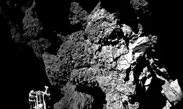 ***BESTPIX***  ESA Attempts To Land Probe On Comet