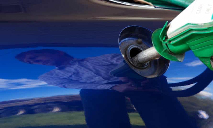 The drop in the oil price gave an immediate boost to UK motorists as the supermarkets stepped up their fuel price war.