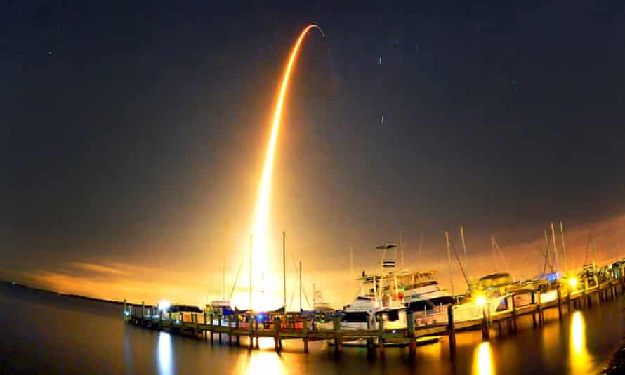 falcon 9 spacex rocket