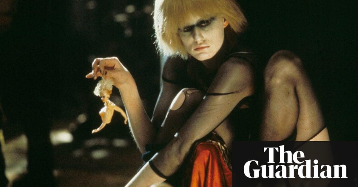 Alien mind control young girl sex, wwe wrestlers men nude