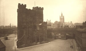 An old picture of Newcastle's Castle Keep