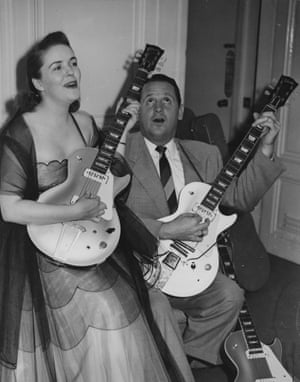 American musician and inventor Les Paul  and his wife Mary Ford
