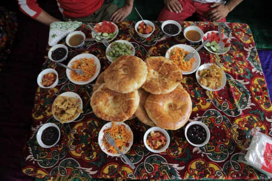 Lunch in Arslanbob.