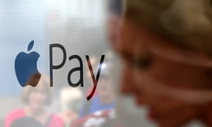 Nordic countries point way to cashless future as US