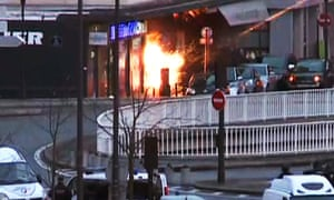 Special forces launch an assault on the kosher supermarket in Paris