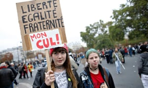 Students demonstrate in Paris over the deportation of a Roma girl, October 2013.