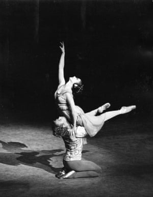 Lynn Seymour and Christopher Gable in 1965