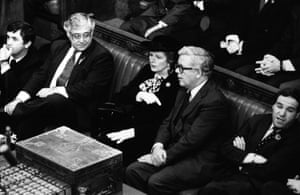 British prime minister Margaret Thatcher and Foreign Secretary Geoffrey Howe seated in Commons, waiting to be summoned by Black Rod in 1984.