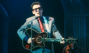 Elvis Costello on Top of the Pops