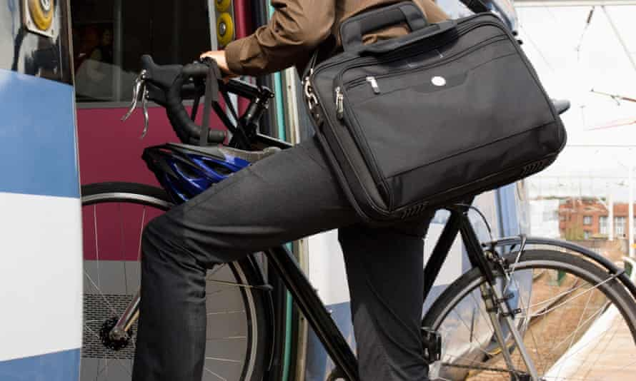 Eurostar plans to make cyclists carry their bikes dismantled and packed up.