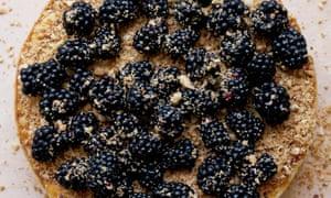 Hazelnut and blackberry cheesecake