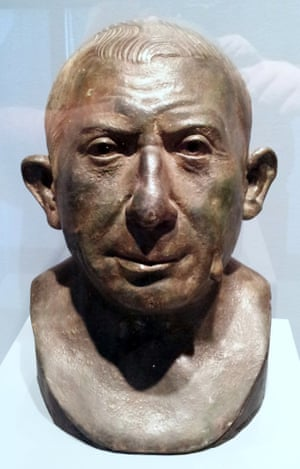 A bust of Lucius Caecilius Jucundus on display at the Sioux City art centre, Iowa.
