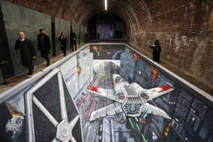 3D artwork unveiled under Southwark Bridge in London, depicting the classic Trench Run scene from the original Star Wars film trilogy and the new Disney Infinity 3.0 Video Game.