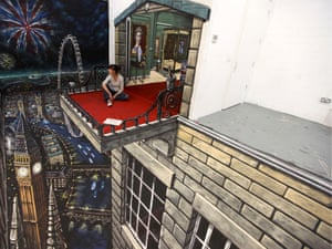 This was the first picture created for Visit Britain's award-winning campaign to encourage tourism in the lead-up to the Diamond Jubilee and London 2012. The picture was displayed in Shanghai - September 12, 2011.The 3D street art of Joe and Max, Britain - 08 Mar 2013.