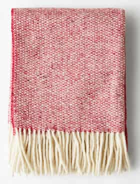 Mourne Textiles blanket