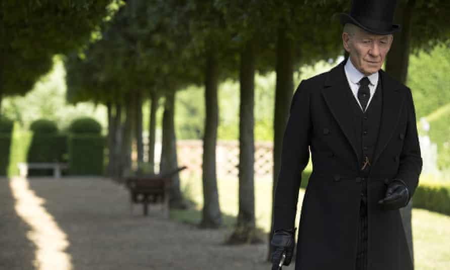 Ian McKellen as Mr Holmes