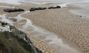 'Every lost life': 9,000  fallen remembered at Arromanches.
