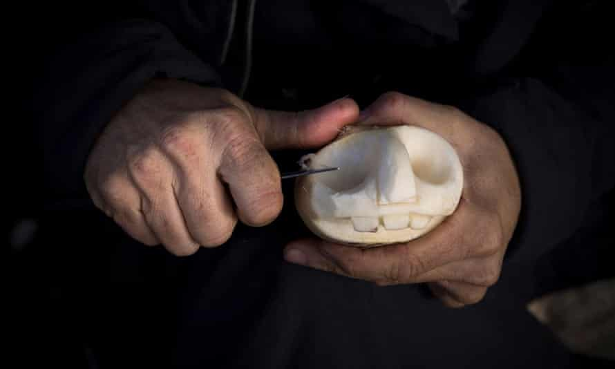 Carving turnips at Dover Castle in Kent ahead of Halloween.Picture date: Tuesday October 20, 2015.Photograph by Christopher Ison for English Heritage