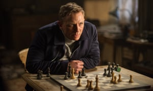 Daniel Craig playing chess in Spectre.