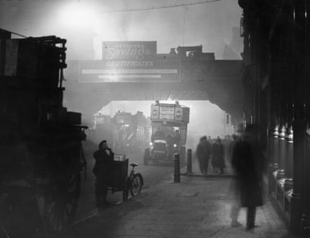Fog at Ludgate Circus, London in 1922
