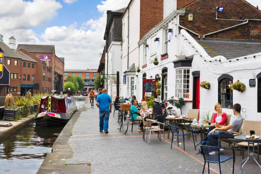 Canalside eating in central Birmingham.