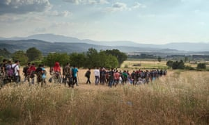 Syrians crossing the border