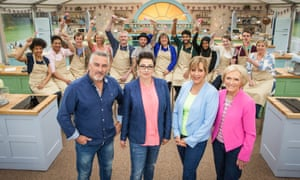 Paul Hollywood, Sue Perkins, Mel Giedroyc and Mary Berry with 2015's Bake Off contestants.