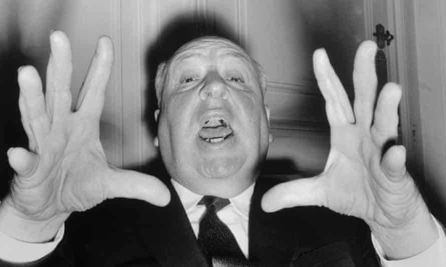 18 Oct 1960, Paris, France --- British director Alfred Hitchcock vamps for the camera as he appeared in Paris to present his new thriller, <Psycho>. ---