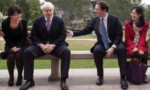 "Boris Johnson ""manspreading"" with George Osborne in China"