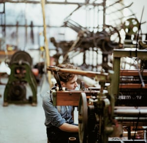 Daniel Harris of London Cloth Company weaving in his Clapton factory