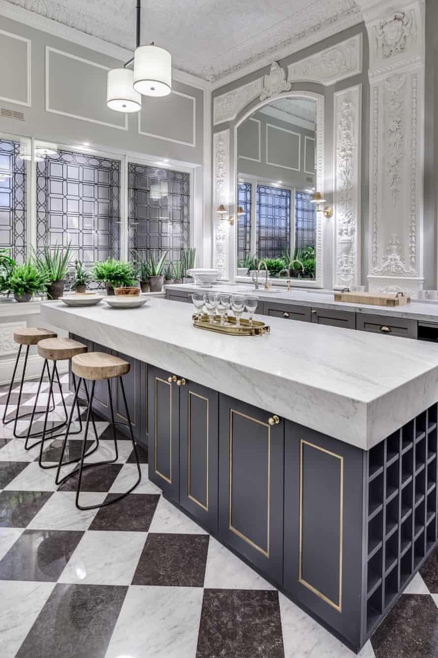 Gatti House kitchen