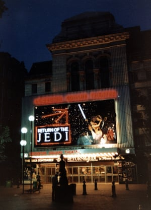 A night view of the Leicester Square Return of the Jedi billboard.