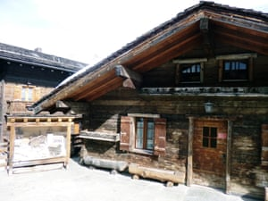 A centuries-old chalet in Grimentz village