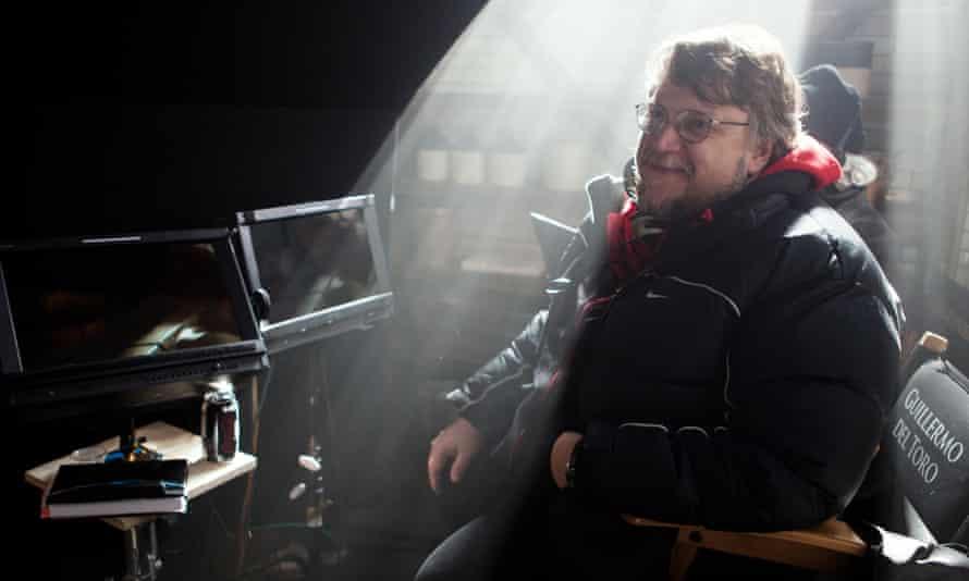 Guillermo Del Toro on the Crimson Peak set