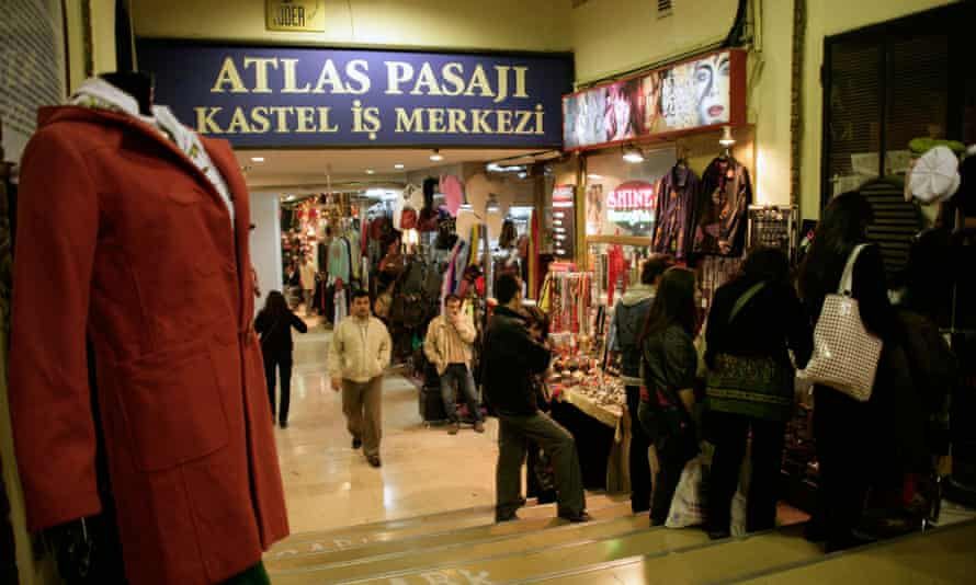 Shoppers at the Atlas Passage on Istiklal Street, Beyoglu, Istanbul, Turkey