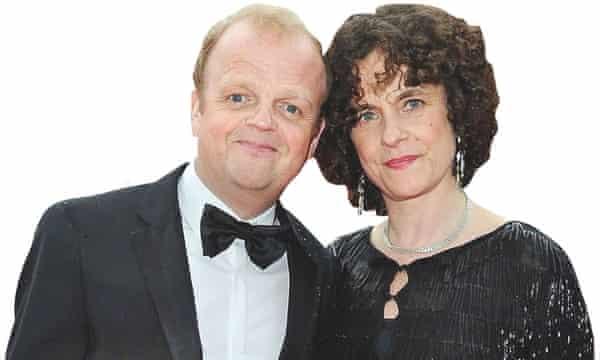 Photograph of Toby Jones with his wife, Karen