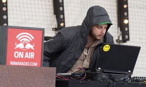 Oneohtrix Point Never performing live.