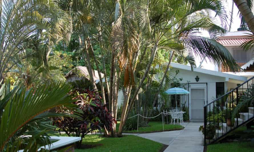 The exterior of Casa Roxana Bungalows, San Blas, Nayarit