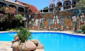 The swimming pool at Hotel Posada La Misión, Rincón de Guayabitos, Nayarit, Mexico.