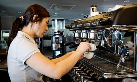 Jang Eun-jung at work in a coffee shop