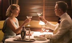 Lea Seydoux and Daniel Craig in Spectre.