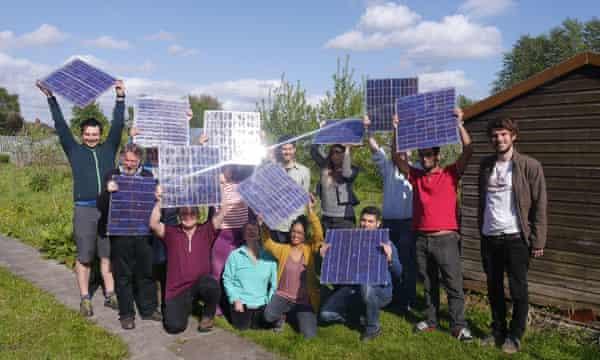 A DIY solar panel workshop in Bristol.