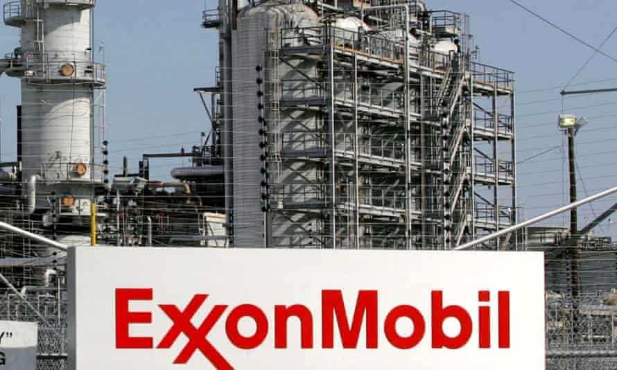 A view of the Exxon Mobil refinery in Baytown, Texas in this September 15, 2008 file photo.
