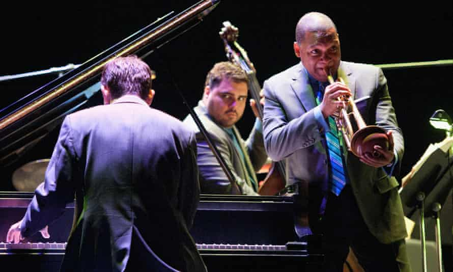 Wynton Marsalis, with Dan Nimmer (piano) and Carlos Henriquez (bass) of the Jazz at Lincoln Center Orchestra.