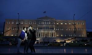 Greeks take selfies
