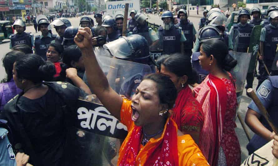 Protests against the mine in Phulbari in 2006.